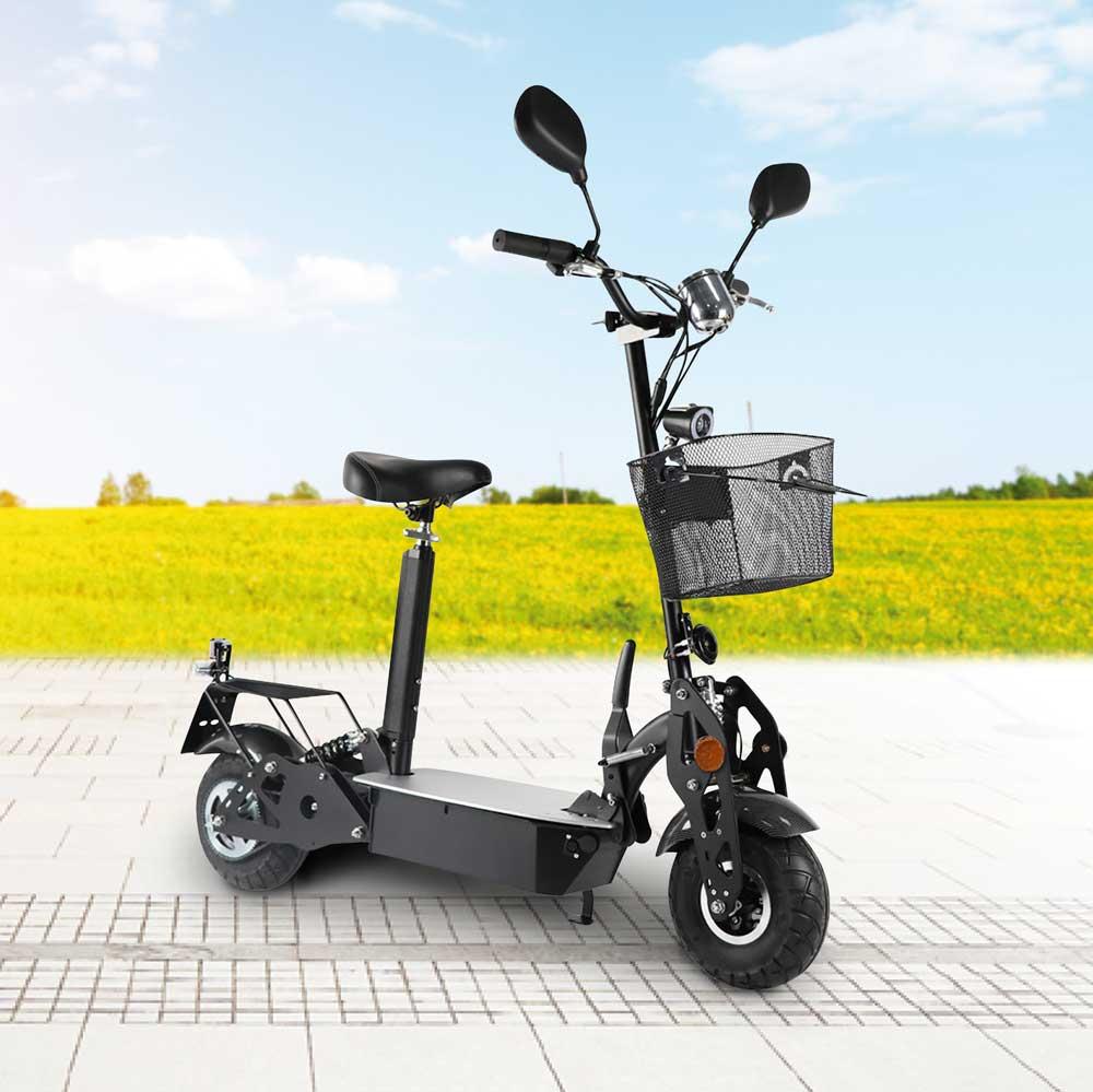 Mit dem E-Roller sicher unterwegs sein